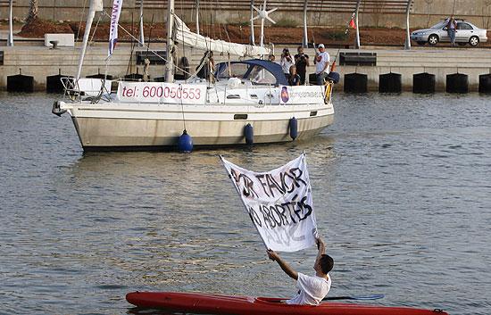 Reporteros del telediario - Somos testigos en exclusiva de lo ocurrido a bordo del barco abortista