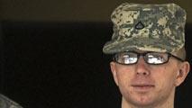 Ir al VideoBradley Manning, condenado a 35 años de prisión por la filtración a WikiLeaks
