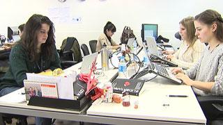 La brecha salarial entre hombres y mujeres y la tasa de paro femenina crece durante la crisis