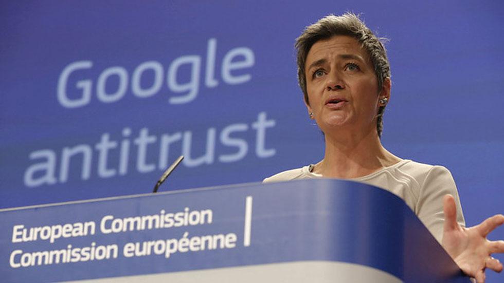 Bruselas acusa a Google de abuso de posición dominante y abre una investigación sobre Android