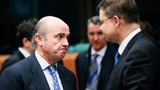 Bruselas avisa a España de que tendrá que ajustar 5.500 millones aunque el PIB crezca más de lo previsto