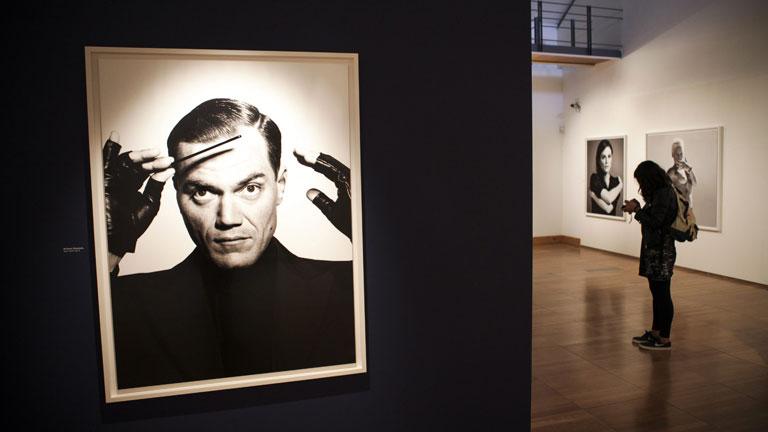 Bryan Adams expone en Lisboa su colección de retratos fotográficos