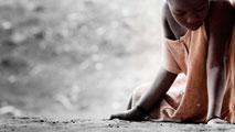 Ir al VideoCada año tres millones de niñas son sometidas a la mutilación genital femenina