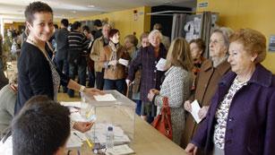 Cae la participación en Andalucía y Asturias según los primeros datos