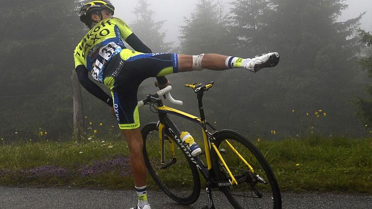 Una caída obliga a Contador a abandonar el Tour 2014