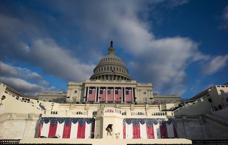 El Capitolio preparado para la ceremonia de investidura