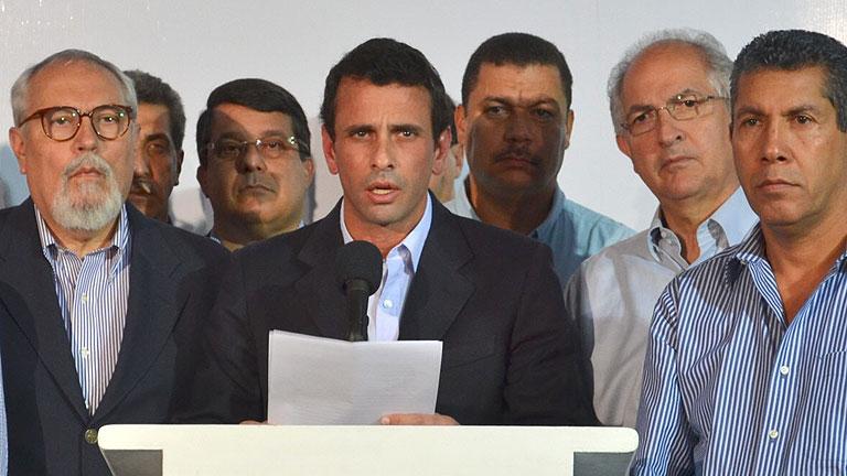 Capriles, ante el reto de dirigir una débil oposición