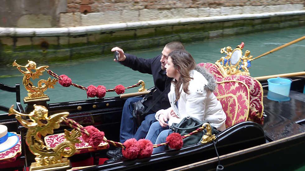 En Portada - Cara Venezia