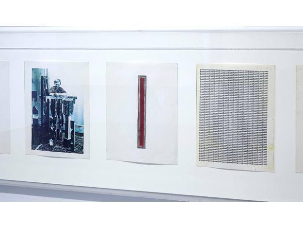Carl Andre 1958-2010, Vista de la exposición en el Edificio Sabatini