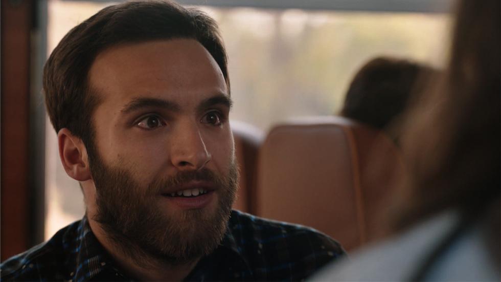 Cuéntame cómo pasó - Carlos se lanza y le pide matrimonio a Karina