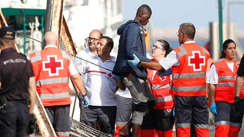 Ir al VideoCasi 650 inmigrantes han sido rescatados en las últimas horas en las costas andaluzas