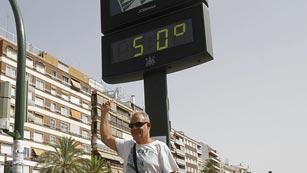 Casi toda España en alerta por temperaturas que rozarán los 45º