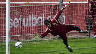 Casillas - De Gea, la alternancia sigue en la meta de la Roja