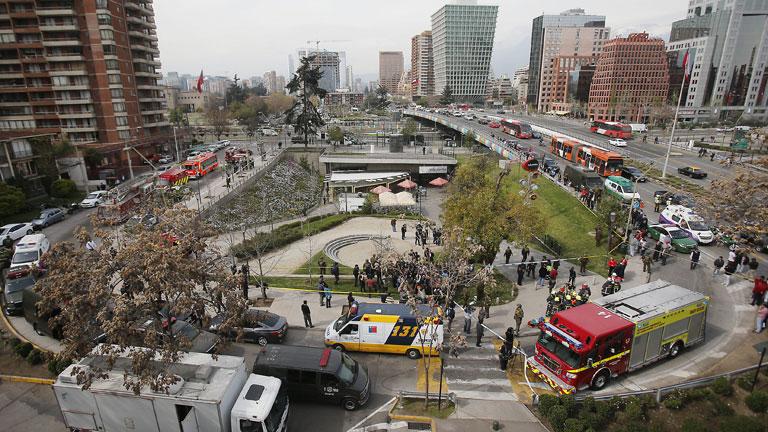 Catorce heridos en un atentado en Santiago de Chile