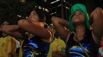 Ir al VideoCelebración agridulce en Brasil por el pase a semifinales
