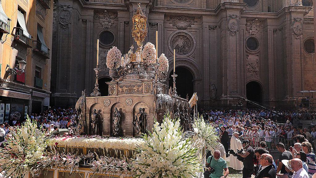 Celebración del Día del Corpus en muchos lugares de España