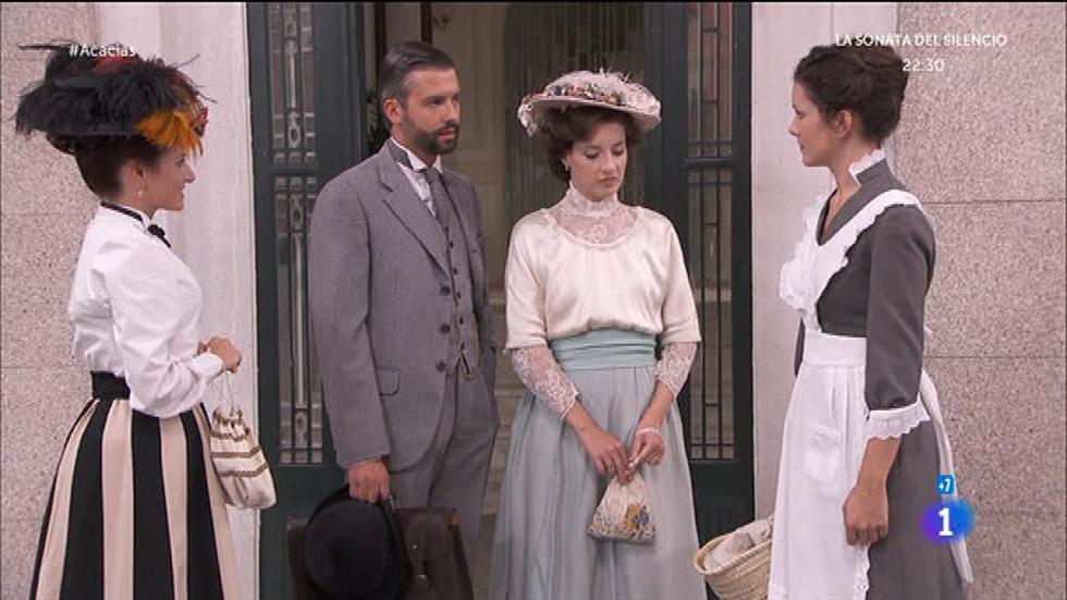 Acacias 38 - Celia conoce a Huertas y Felipe le hace otro repaso visual