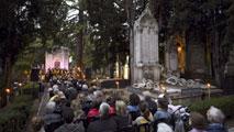 Ir al Video'Cementerio a la luz de la música', un ciclo peculiar de conciertos en el cementerio de Vitoria