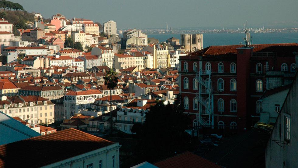 En el centro de lisboa hay ancianos que apenas pisan la calle telediario a la carta - Que hay en portugal ...