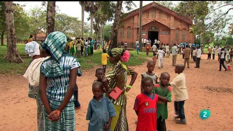 Pueblo de Dios - Centroáfrica: diamantes, vacas y aceite (04/04/2012)