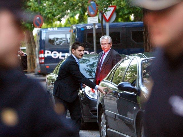 El pleno del Consejo General del Poder Judicial suspende a Garzón