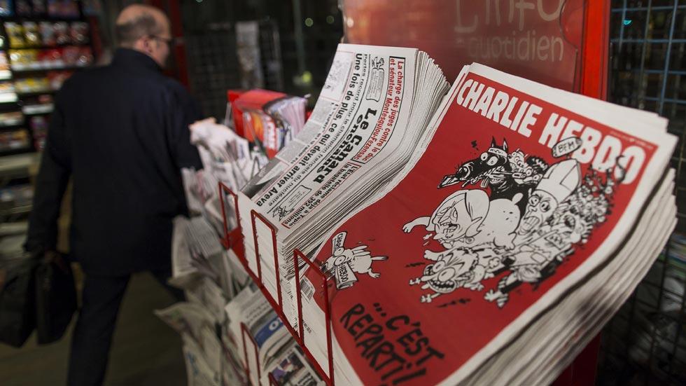 Charlie Hebdo vuelve a su edición habitual con una tirada millonaria