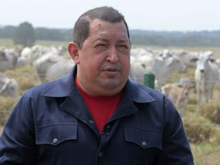 Chávez amenaza a la banca privada con la nacionalización, incluido el BBVA