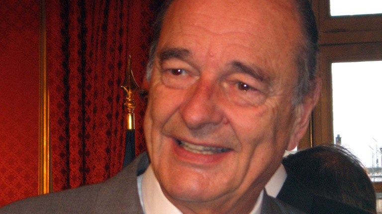 Chirac reelegido con más del 80% en 2002 frente a Le Pen