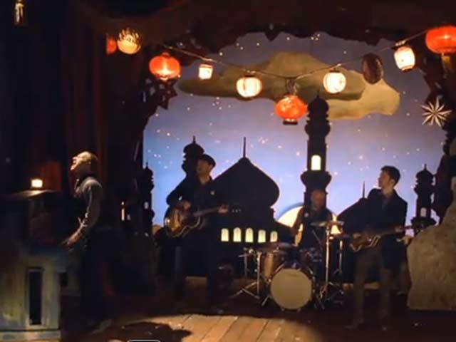 """""""Christmas Lights"""", el villancico de Coldplay"""