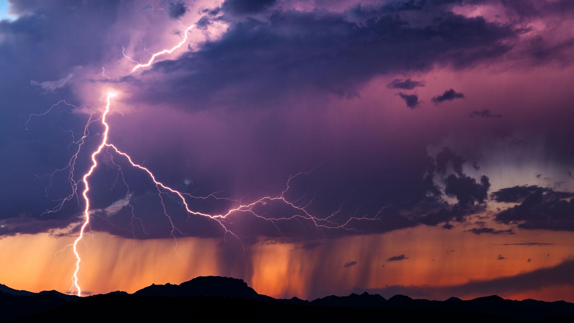 Chubascos y tormentas en el centro y este peninsulares