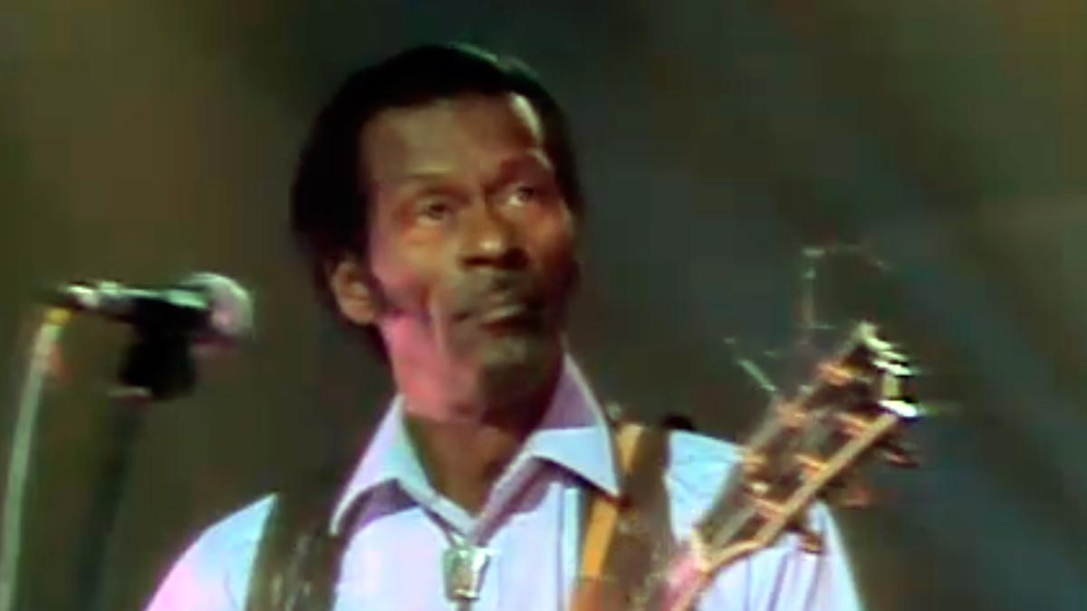 Cachitos de hierro y cromo - Tu cachito entero - Chuck Berry: Let It Rock (Sábado Noche, 1987)