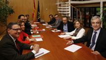 Ciudadanos pide incluir al PP en los pactos pero el PSOE responde que no cuenten con ellos para eso