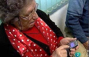 Clases sobre teléfonos móviles para mayores