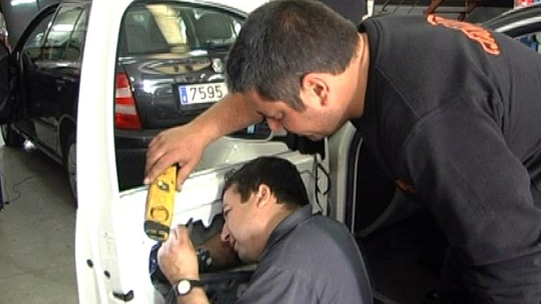Comando Actualidad - Un gasto extra - El coche, al taller
