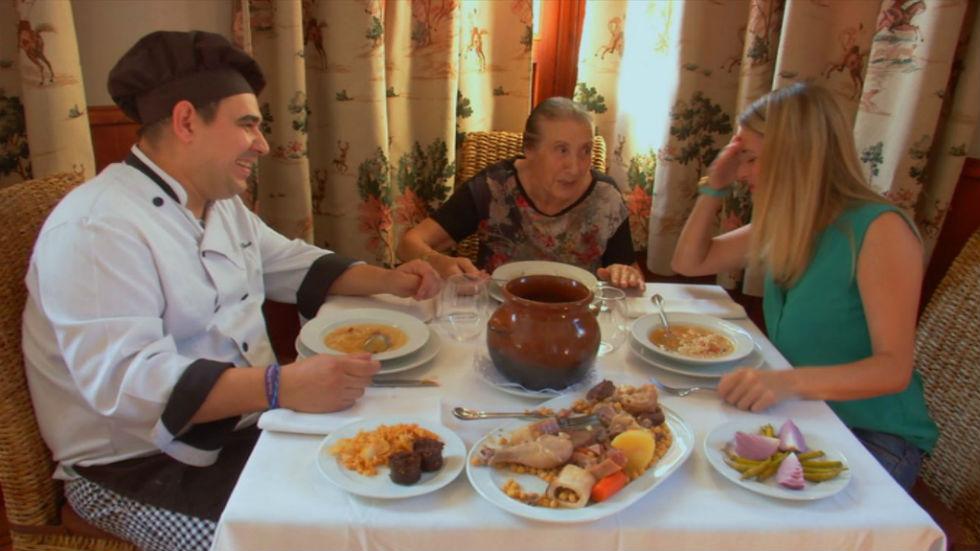Aquí la tierra - El cocido de la abuela Felisa