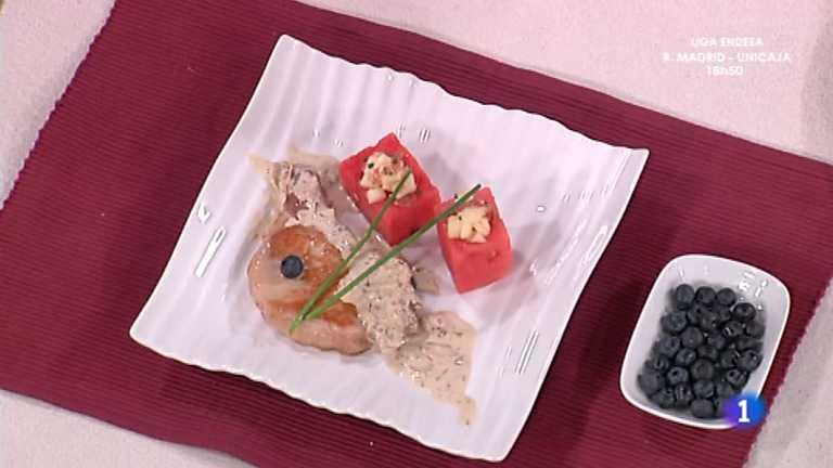 Cocina con sergio chuletas de cerdo con sand a rellena for Cocina con sergio bizcocho