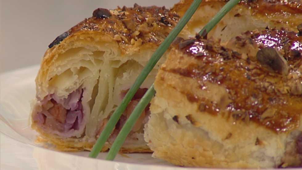 cocina con sergio hojaldre de lombarda con avellanas