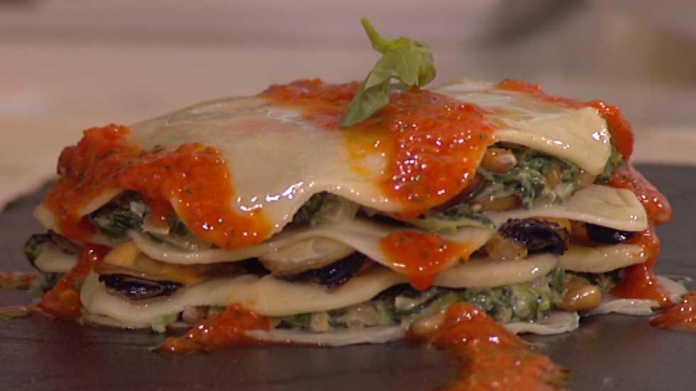 Cocina con sergio lasa a de mejillones y espinacas for La cocina de sergio