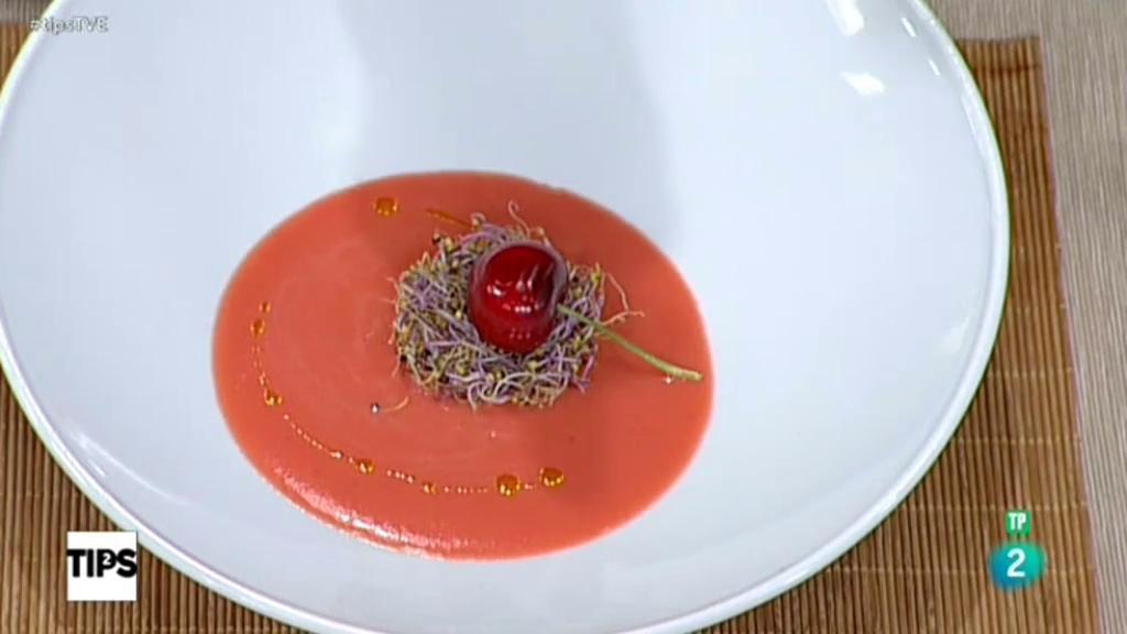 TIPS -  La cocina de Sergio: el reto con fresas y ciruelas
