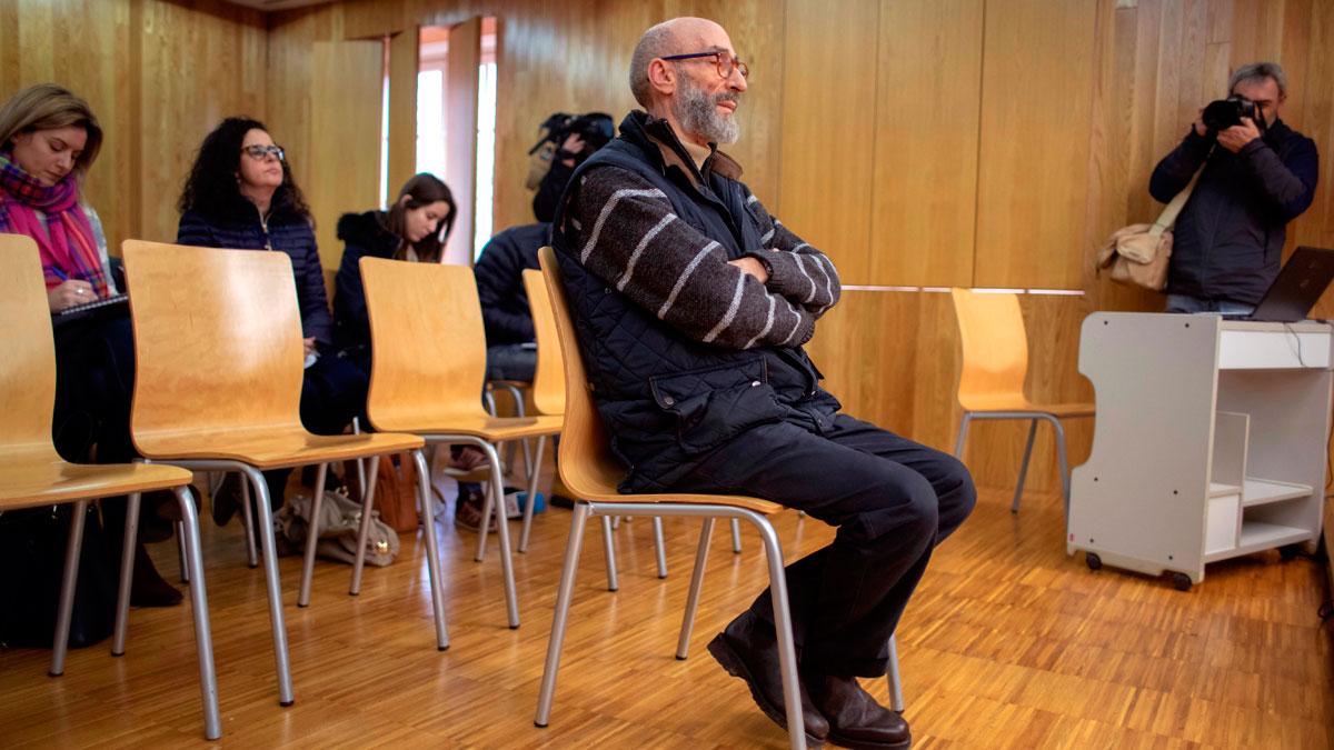 Ir al VideoComienza el juicio contra el fraile de Cebreiro acusado de abusos sexuales