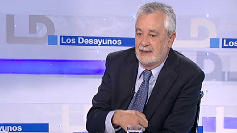 Griñán y Chaves, los últimos en declarar en la Comisión de los ERE falsos