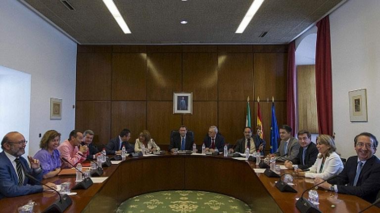 La comisión de los ERE se reanuda con aseguradoras y un sindicalista