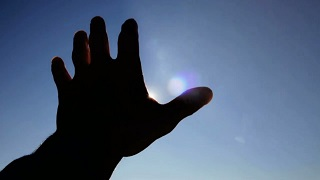 Desafía tu mente - ¿Cómo influye el sol en la percepción de objetos?