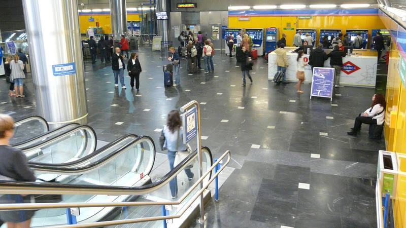 C mo llegar al aeropuerto con el cierre de la l nea 8 de Metro santo domingo madrid