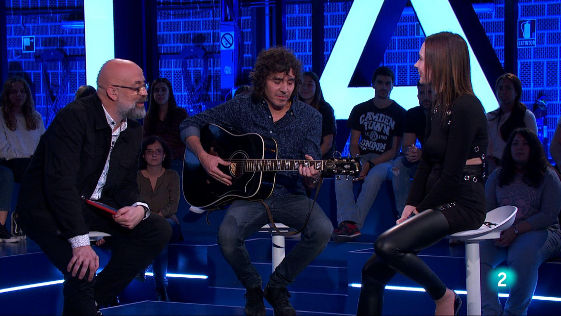 Así empieza 'Órbita Laika' con el compositor, cantante y guitarrista Rubén Pozo