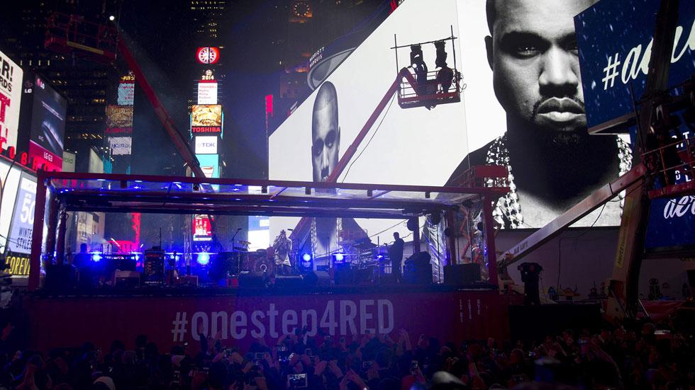 Concierto de U2 en Times Square en el Día Internacional contra el SIDA