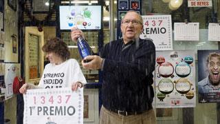 """Condenada a devolver 320.000 euros del décimo del Gordo que se encontró a su """"legítima propietaria"""""""