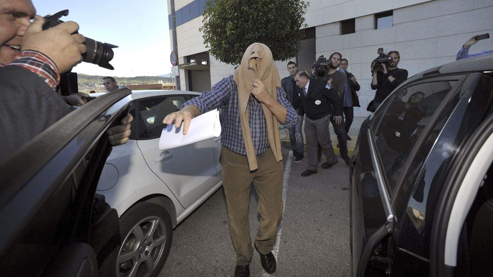 El conductor del autobús siniestrado en Murcia, en libertad con cargos tras declarar ante la jueza