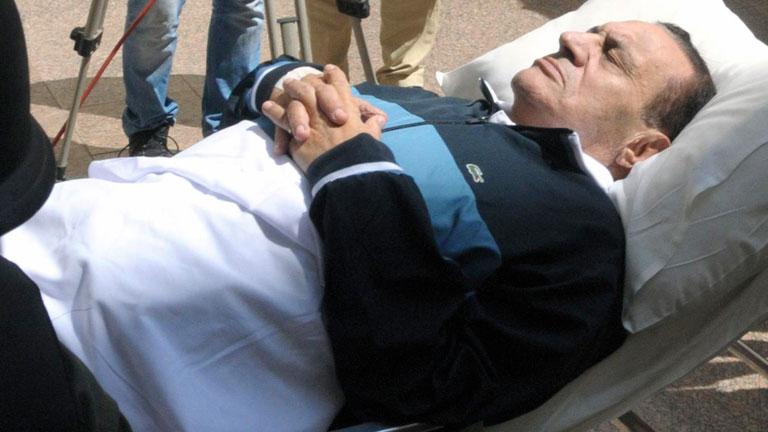 Confusión sobre el estado de salud de Hosni Mubarak