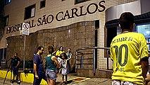 Ir al VideoConmoción en Brasil por la lesión de Neymar